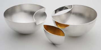 RebeccaHill Interlocking bowl c