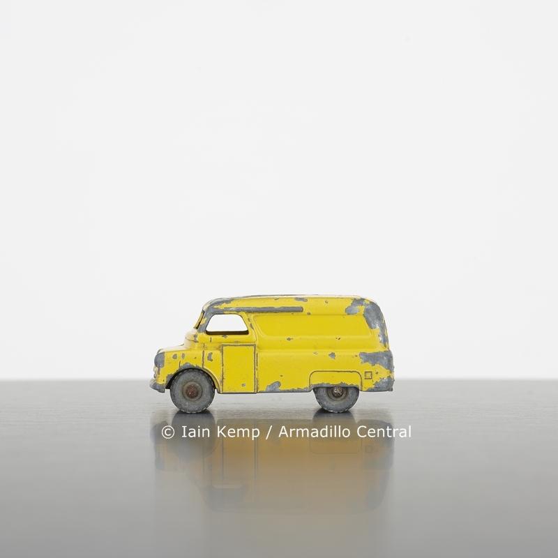 Evening News Van, Iain Kemp