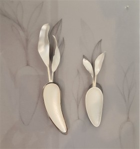 COLLECT 2019 Armadillo Central Review, Annemarie Reinhold, Carrot Spoons, 2018, Britannia Silver and Sterling Silver, photo: Emma Boden