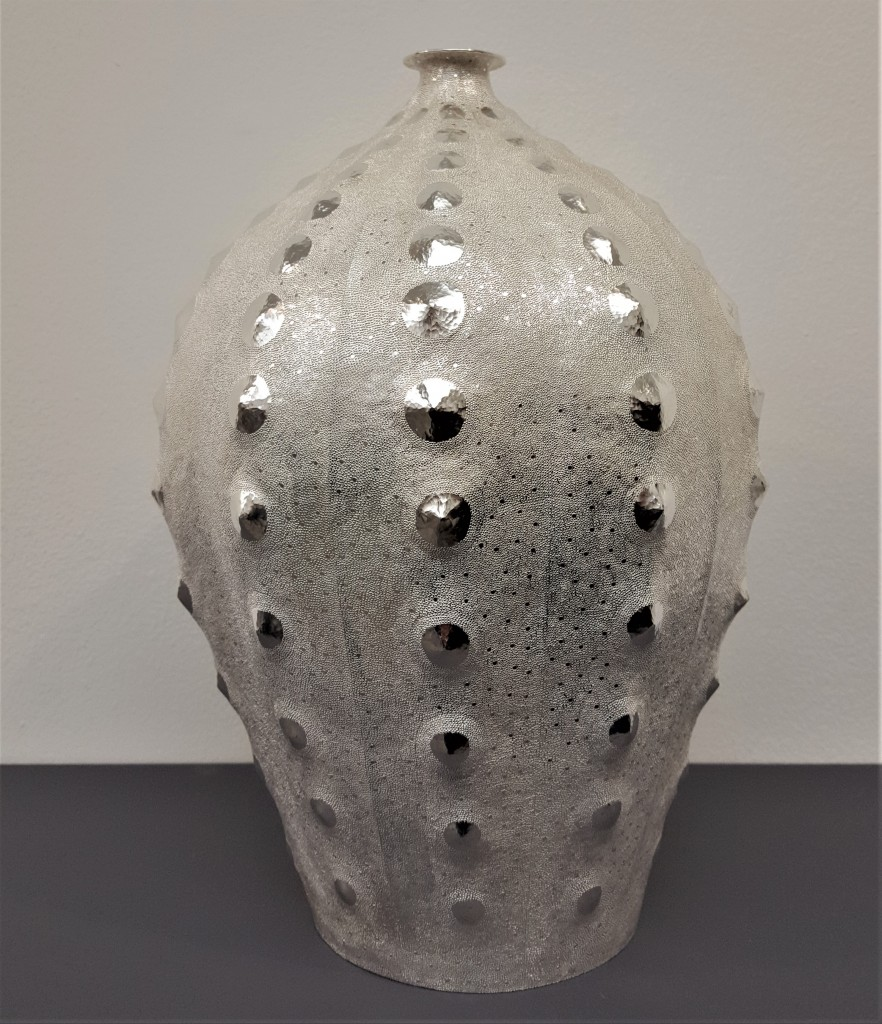 COLLECT Review, Takuya Kamiyama, Sea Urchin II, 2019, 958 Britannia Silver, photo: Armadillo Central