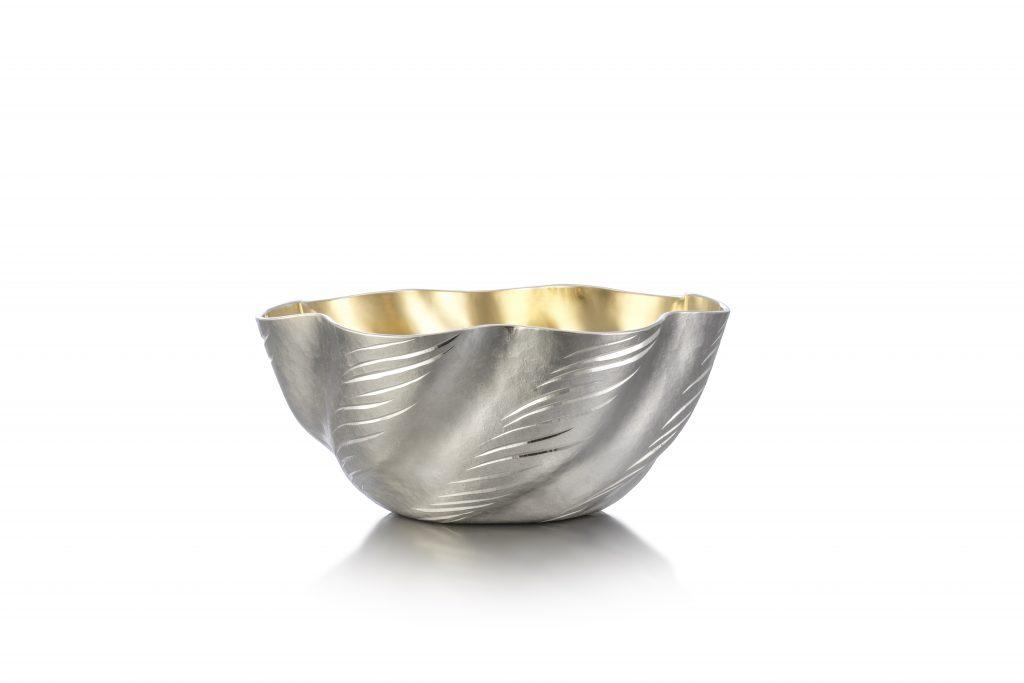 Miriam Hanid_Engraved Wave Bowl_2021_Britannia silver, lemon gilding_H3.5xW8.5xD8.5cm